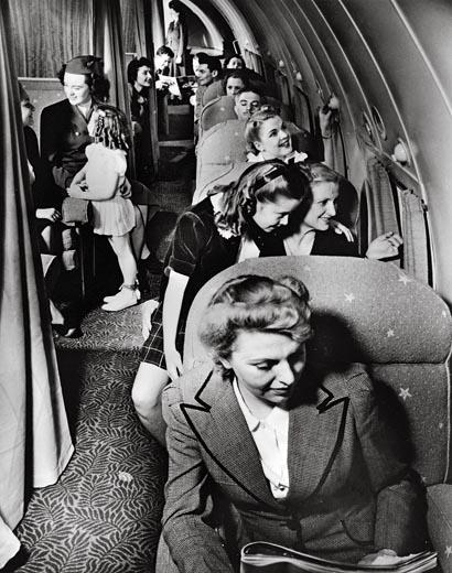 Interior de la cabina de pasajeros del Stratoliner (Fuente: Boeing)