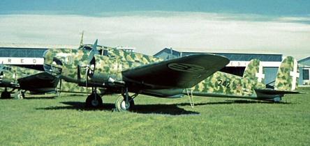 Fiat BR.20M 242-3/MM22267. Este bimotor contaba con dos propulsores Fiat A.80 RC41 de 1.000 Hp, y una tripulación de cinco hombres (Fuente: Antonio Poggi)