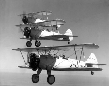 Formación de Stearman N2S1 de la US Navy a mediados de los años 30 (Fuente: www.lasegundaguerra.com)