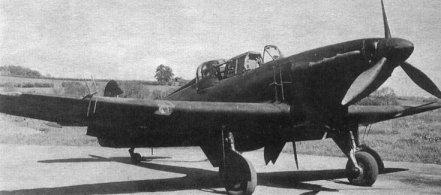 Las antenas del secreto radar AI Mk.IV pueden verse claramente en los planos y el fuselaje de este Defiant NF. Mk IA. La pantalla de datos se situaba en el cockpit del piloto.