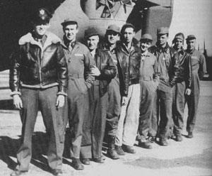 """Los nueve hombres que componían la tripulación del """"Lady Be Good"""""""