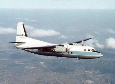 Un F.27-100 de las series tempranas en vuelo de pre-entrega a la administración australiana. La foto está fechada en 1959 (Fuente: CAHS collection / airwaysmuseum.com)
