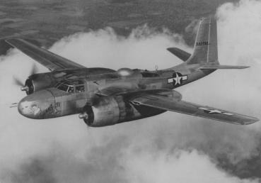 Douglas A-26B en vuelo, distinguible por su proa sólida y sus seis ametralladoras pesadas en el morro (fuente:network54.com)