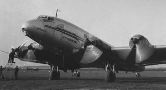 Un Ju 90 de serie (bautizado con el nombre de la región de Suabia o Schwabenland) a punto de iniciar un vuelo con Lufthansa (Fuente: www.sphynx.de)