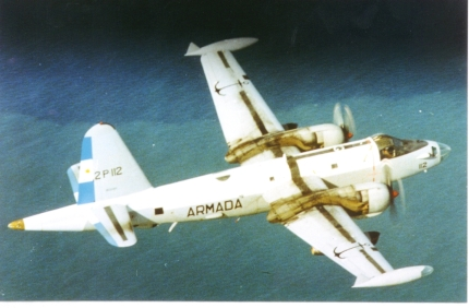 Uno de los SP-2H Neptune de la Armada Argentina. El COAN (Comando Aeronaval Argentino) contó con estos aviones desde finales de los 50 para tareas de Patrulla Marítima y Guerra Antisubmarina, pero en 1982 se encontraban al final de su vida útil. Este ejemplar (0708/2-P-112) localizó al HMS Sheffield el 4 de mayo de 1982.