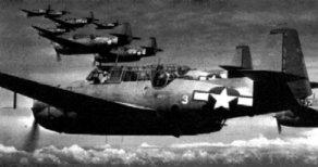"""Torpederos TBF Avenger en formación. Los aviadores, por sus enormes dimensiones los denominaban """"pavos"""""""
